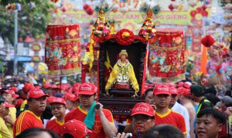 平阳省天后宫庙会吸引十方游客参加