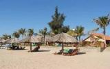 Biến đổi khí hậu đe dọa du lịch biển Việt Nam