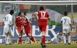 """Vòng 21 Bundesliga: """"Hùm xám"""" hạ gục các nhà ĐKVĐ"""