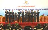 Bộ trưởng Ngoại giao các nước ASEAN ký kết Nghị định thư về cơ chế giải quyết tranh chấp