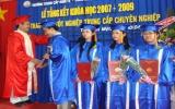 Trường trung cấp kinh tế công nghệ Đông Nam: 37 học sinh nhận bằng tốt nghiệp