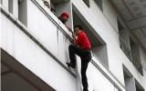 Thái Lan: Lực lượng an ninh vây bắt lãnh đạo áo đỏ