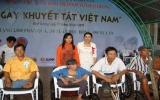 Trung tâm Nhân đạo Quê Hương: Trao 2.000 phần quà cho người khuyết tật