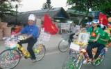 """Ấn tượng với hoạt động """"Diễu hành xe đạp hoa"""" của Xã đoàn An Phú"""