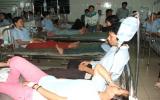 Gần 200 công nhân bị ngộ độc phải nhập viện