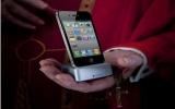 """iPhone 4 """"so găng"""" với các smartphone đình đám"""
