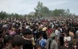 Bạo động sắc tộc lan rộng, chính phủ Kyrgyzstan yêu cầu Nga trợ giúp