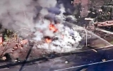Máy bay lao xuống phố,  2 người thiệt mạng
