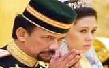 Quốc vương Brunei bỏ vợ