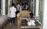 Đóng điện bất ngờ khi đang sửa chữa, 4 công nhân nhập viện