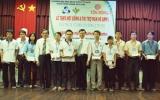 Tôn Đông Á tiếp sức mùa hè xanh và trao học bổng cho sinh viên trường Đại học Bách khoa