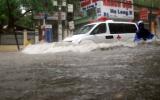 Hà Nội ngập nặng trong cơn mưa lớn nhất năm