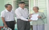 Công ty Cổ phần sách, thiết bị giáo dục Bình Dương: Trao tặng nhà tình nghĩa cho vợ liệt sĩ