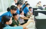 Dạy tin học cho công nhân