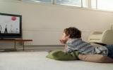 Càng xem tivi, trẻ càng suy yếu về học tập và sức khỏe