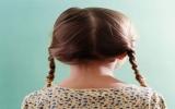 Bé gái có 1kg tóc nằm trong dạ dày