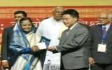 Giáo sư Ngô Bảo Châu đoạt giải Fields danh giá
