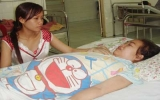 Cô gái đau đớn với căn bệnh tự miễn dịch cần cứu giúp