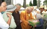 Phú Giáo, Thủ Dầu Một: Thăm và tặng  quà chức sắc Phật giáo nhân lễ Vu lan