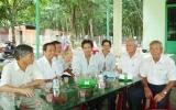 """Ban Đại diện cộng đồng người hoa TX.TDM: Thăm và chia buồn cùng gia đình """"Hiệp sĩ đường phố"""" Nguyễn Xuân Chinh"""