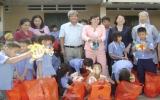 Lãnh đạo tỉnh thăm và tặng quà trung thu cho trẻ em khuyết tật - mồ côi