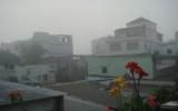 Sương mù dày đặc trên các tuyến đường