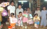 SIT và CIE: Tặng quà trung thu cho trẻ em chùa Bồ Đề Đạo Tràng