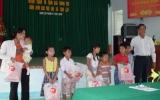 Phú Giáo: Trao hơn 600 phần quà Trung thu cho trẻ em khó khăn