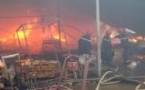 Đồng Nai 'cầu cứu' cảnh sát TP HCM, Bình Dương chữa cháy nhà xưởng
