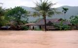 Hàng vạn học sinh Hà Tĩnh phải nghỉ học do mưa lũ