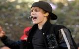 Bieber - ca sĩ teen kiếm nhiều tiền nhất thế giới