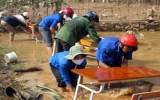 Khẩn trương ổn định cuộc sống người dân vùng lũ