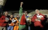 Chile ngập tràn những nụ cười và nước mắt hạnh phúc