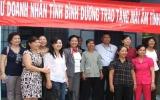 Câu lạc bộ Nữ doanh nhân Bình Dương: Trao 3 mái ấm tình thương cho hộ nghèo