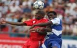 Quy định hạn chế ngoại binh ở mùa bóng 2011: Làm khó!