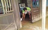 Triều cường tràn bờ bao gây ngập lụt nhiều nơi