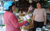 Tiểu thương tranh thủ mua gom đường