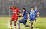 Giải bóng đá quốc tế truyền hình Bình Dương 2010, bảng A: Không trải hoa hồng cho B.Bình Dương?