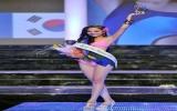 Diễm Hương đoạt giải Người đẹp áo tắm Miss Earth