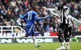 Hòa trên sân khách, Chelsea mất ngôi đầu bảng