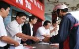 Bình Dương trao quà hỗ trợ 5 xã bị lũ nặng của tỉnh Bình Định