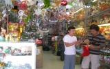 Thị trường Noel 2010: Hàng Việt chiếm ưu thế!