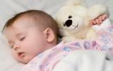 Giấc ngủ ban đêm có lợi cho các kỹ năng của trẻ