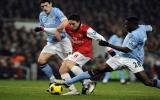 Arsenal bị Man City cầm chân trên sân nhà
