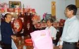 Phú Giáo: Chăm lo tết cho người nghèo và gia đình chính sách