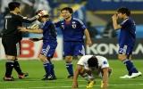 Thắng trong thế thiếu người, Nhật Bản vào bán kết Asian Cup