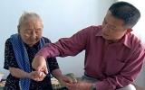 Giáo sư Việt kiều trả ơn quê hương