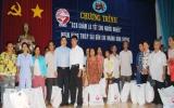 Quân đoàn 4 và Công ty cao su Dầu Tiếng: Thăm, tặng quà tết cho người nghèo