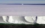 Động đất New Zealand làm tách tảng băng khổng lồ