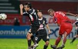 Vòng 5 V-League 2011, ĐTLA - B.Bình Dương: Khó cho cả hai!